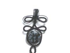 Pendentif Obsidienne mouchetée arabesque